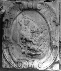 Imagen del escudo municipal de las Casas capitulares de Velez malaga